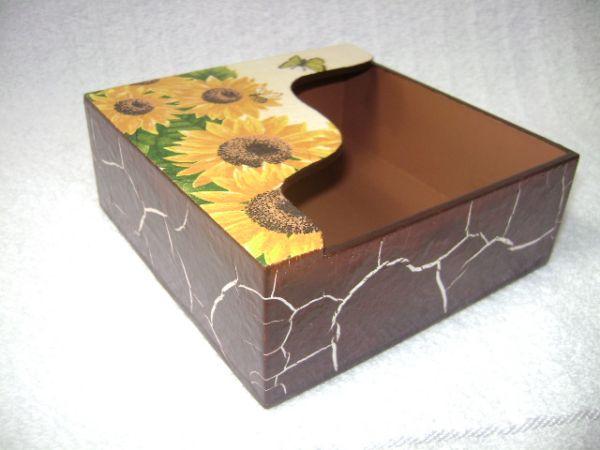 Artesanato Goiania Go ~ Porta Guardanapos (Craquele Marrom c Girassol) Artesanato Mari Tonial Arte em MDF